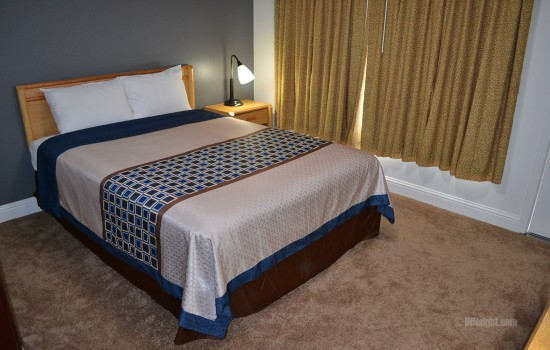 1 Queen Guestroom with ADA Accessible Features