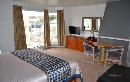 Beach Motel San Francisco - Beach Motel King Guest Room with Bay Windows